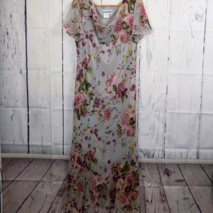Jessica Howard Lined Chiffon Maxi Floral Dress